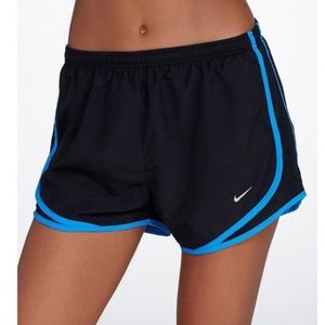 NWT Nike tempo dri fit shorts Sz small black blue